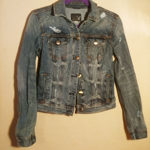 American eagle distressed jean jacket size med